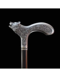 Handle for a cane. The head of a bear.