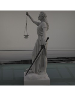justice woman